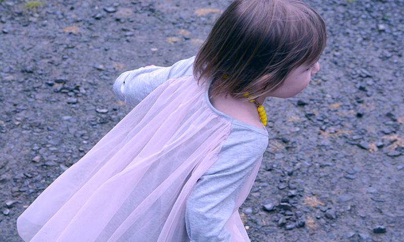 kids-on-the-moon-03