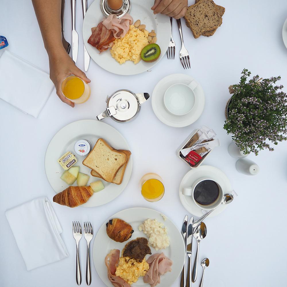 petit-dejeuner-meridien-ra