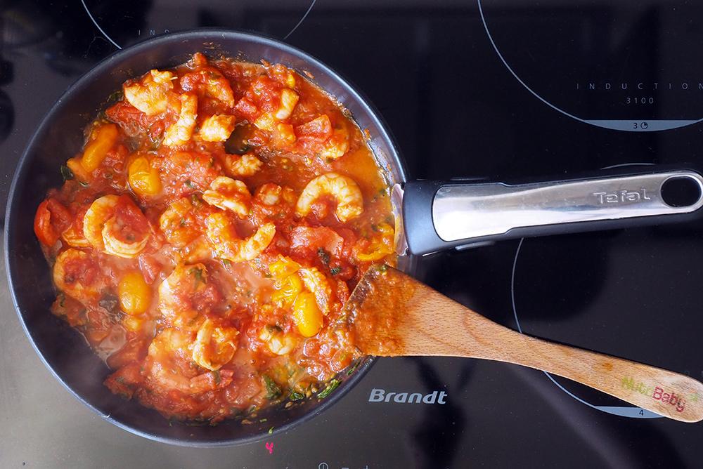 pates-crevettes-tomates
