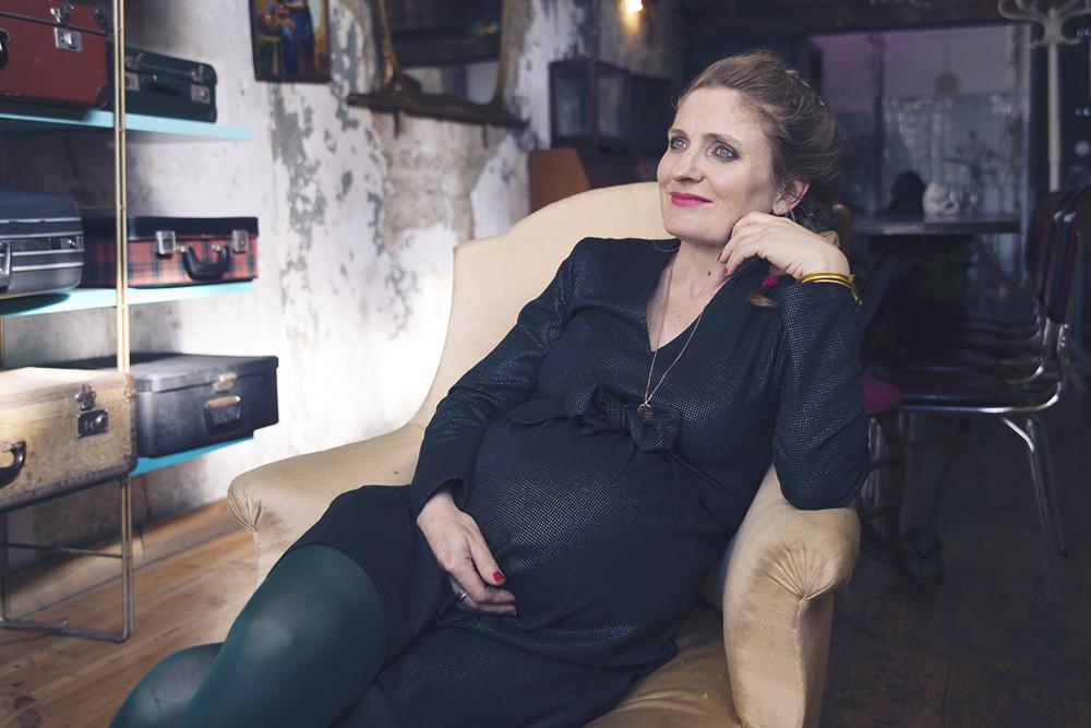 a partir de quand sent on bebe bouger 25 images douleur bas ventre grossesse 4 mois