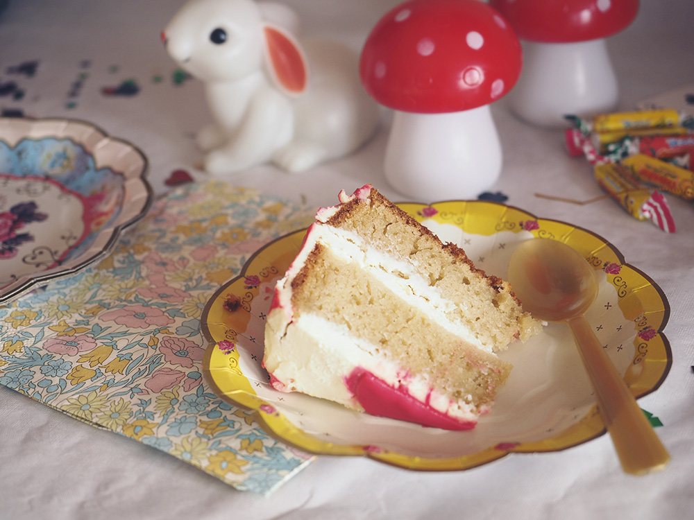 gateau-alice-in-wonderland
