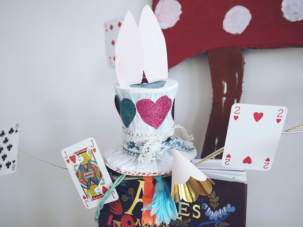 haut-de-forme-diy-alice-in-wonderland