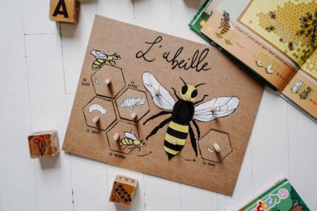 L'abeille, un jeu de forme en carton