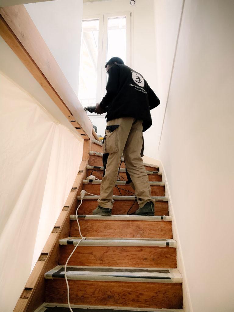 Claustra d'escalier AVANT/APRÈS MesDépanneurs.fr